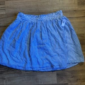 NWT Old Navy blue and white striped skirt